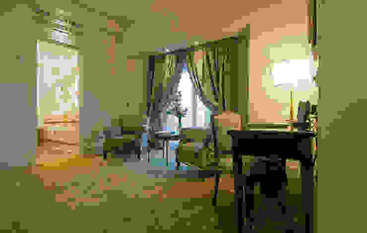 zona de estar suite principal Dormitorios de estilo clásico de DyD Interiorismo - Chelo Alcañíz Clásico
