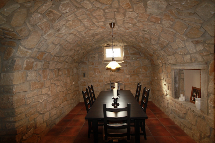 Weinkellermanufaktur Welz Wine cellar