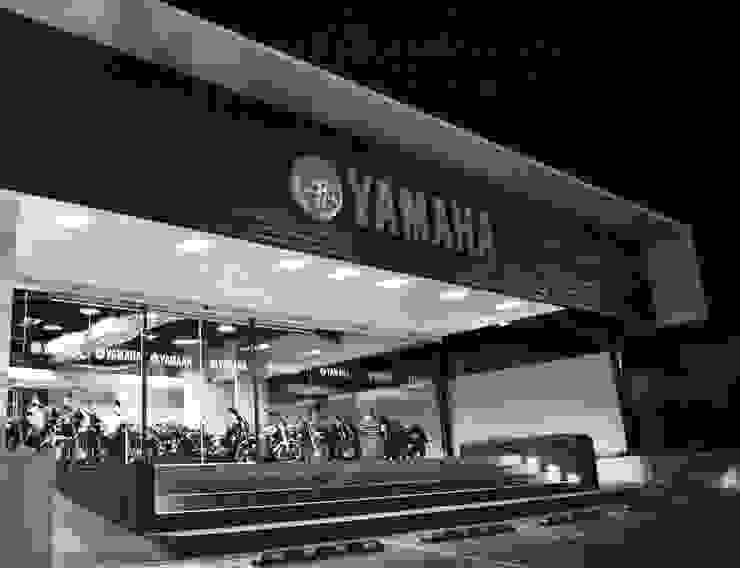 YAMAHA QUERETARO Espacios comerciales de estilo moderno de citylab Laboratorio de Arquitectura Moderno