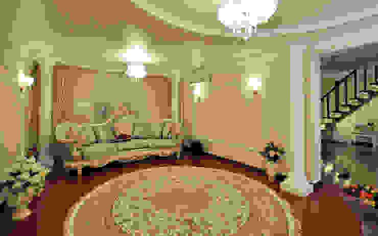 Реализация интерьера коттеджа 250м2 в Тюменской обл., город Тобольск. Гостиная в классическом стиле от Tutto design Классический