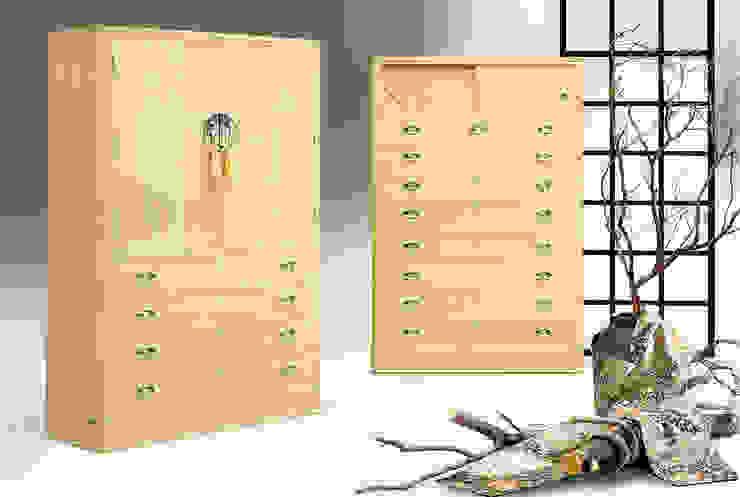 黄金の桐たんす: 桐里工房が手掛けたアジア人です。,和風
