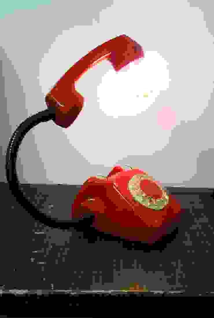 teleLAMPAfon - EmErgEncy 77' od RefreszDizajn Minimalistyczny