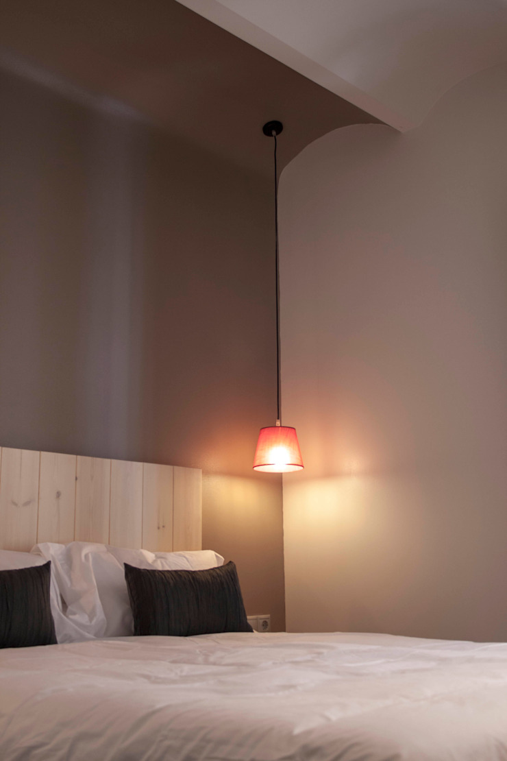 Apartamentos turisticos en Barcelona Hoteles de estilo rústico de Lavolta Rústico