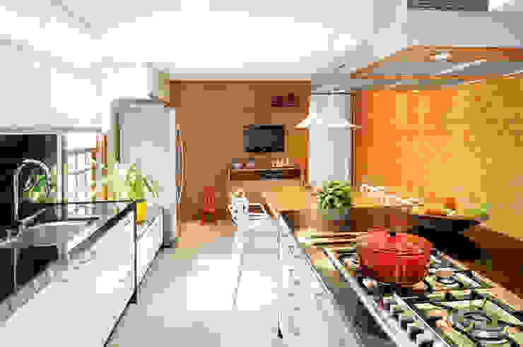 Coutinho+Vilela Cocinas de estilo moderno