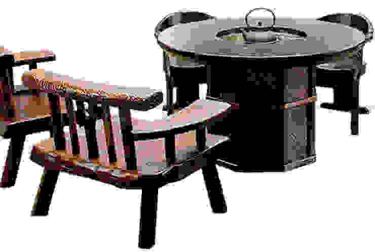 焼桐正円形囲炉裏テーブル: 桐里工房が手掛けたアジア人です。,和風