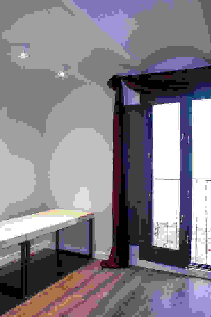 Apartamentos turisticos en Barcelona Hoteles de estilo moderno de Lavolta Moderno