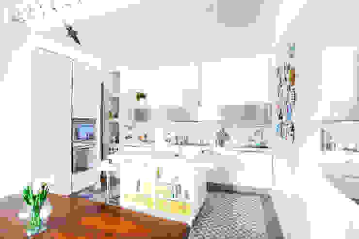 DFG Architetti Associati Modern Kitchen