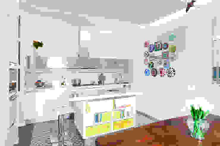 DFG Architetti Associati Cocinas modernas: Ideas, imágenes y decoración