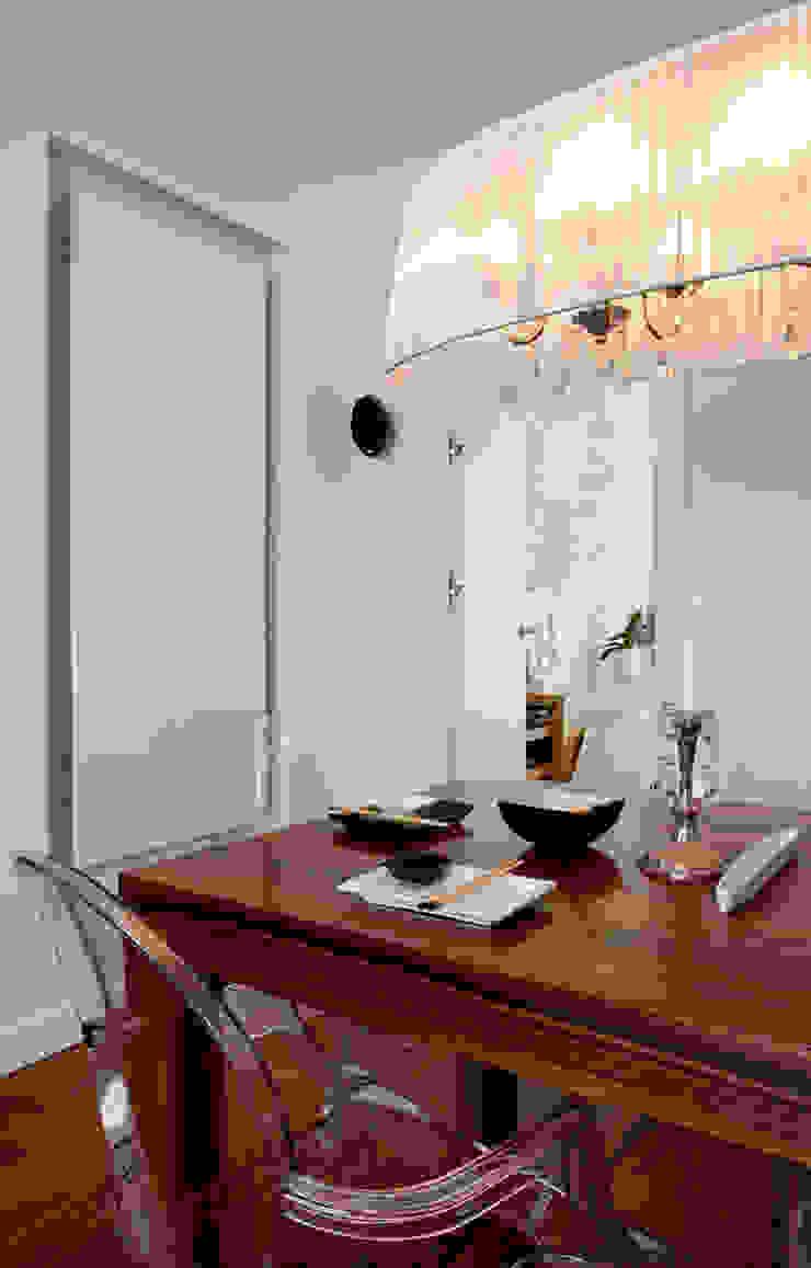 Nowoczesna jadalnia z elementami stylizowanymi Eklektyczna jadalnia od living box Eklektyczny