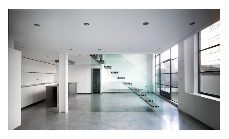 Chiswick Green Studios - Oak & glass staircase Modern corridor, hallway & stairs by Syte Architects Modern