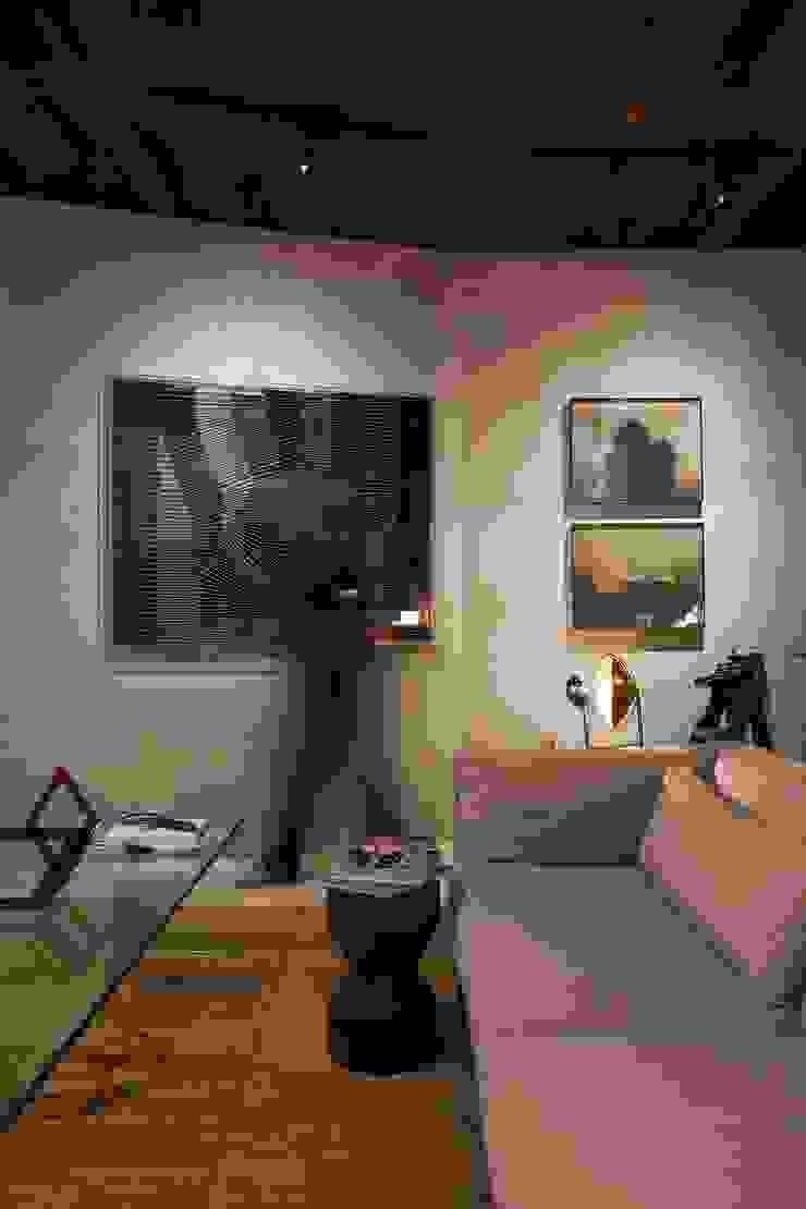 Lounge das Artes - Casa Cor ES 2013 Centros de exposições modernos por Coutinho+Vilela Moderno