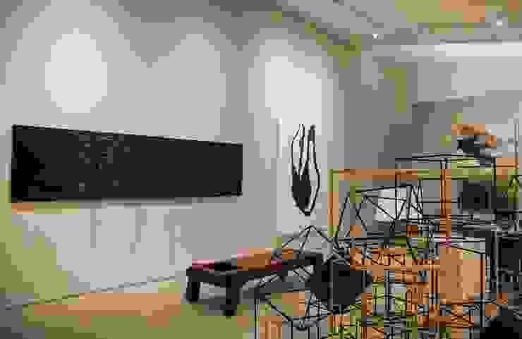 Lounge das Artes – Casa Cor ES 2013 Centros de exposições modernos por Coutinho+Vilela Moderno