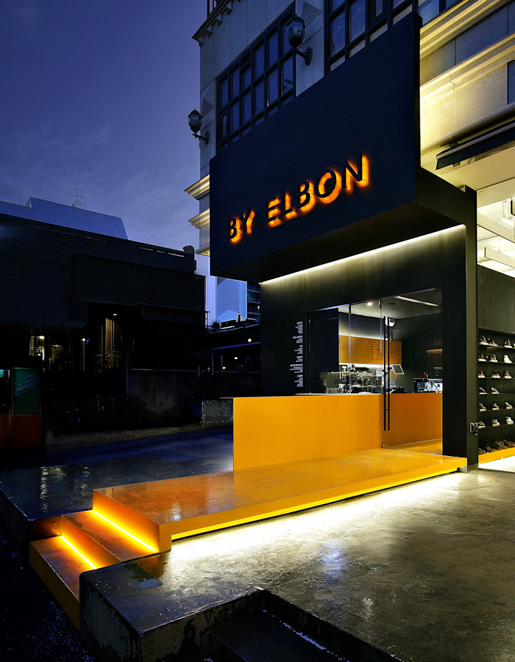 BY ELBON FACADE by YOON SPACE 윤공간 모던