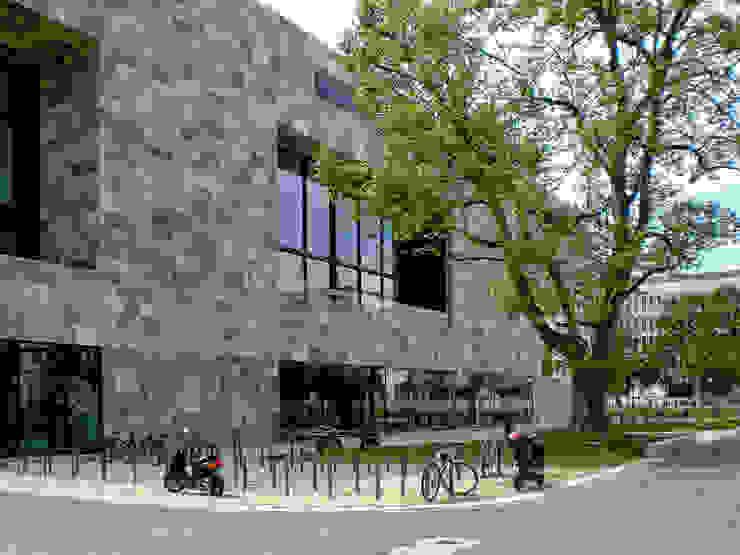 Facciata in travertino Università di Francoforte Scuole moderne di Pietre di Rapolano Moderno Pietra
