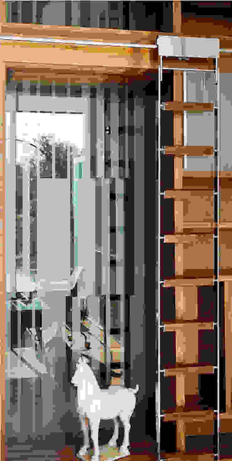 Квартира в Москве для молодого человека. Рабочий кабинет в эклектичном стиле от Студия экспериментального проектирования 'Rakurs' Эклектичный