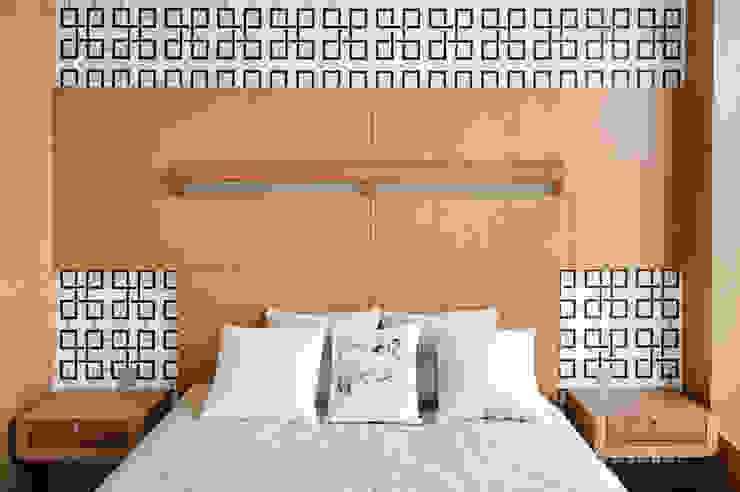 Квартира в Москве для молодого человека. Спальня в эклектичном стиле от Студия экспериментального проектирования 'Rakurs' Эклектичный