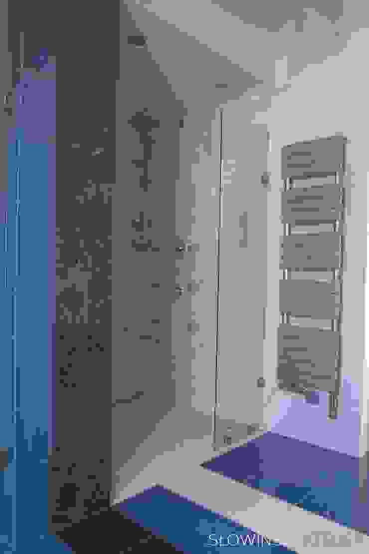 Segment w Łodzi Minimalistyczna łazienka od Atelier Słowiński Minimalistyczny