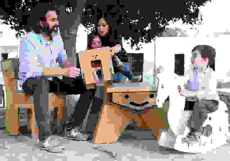 Muebles de cartón. de CartonLab Moderno