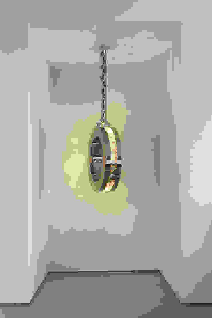 DIAMONDS FROM AMSTERDAM, Brand Van Egmond: modern  by Future Light Design, Modern