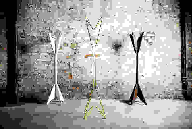 JIMI Coat Stand: scandinavian  by AFID Design, Scandinavian