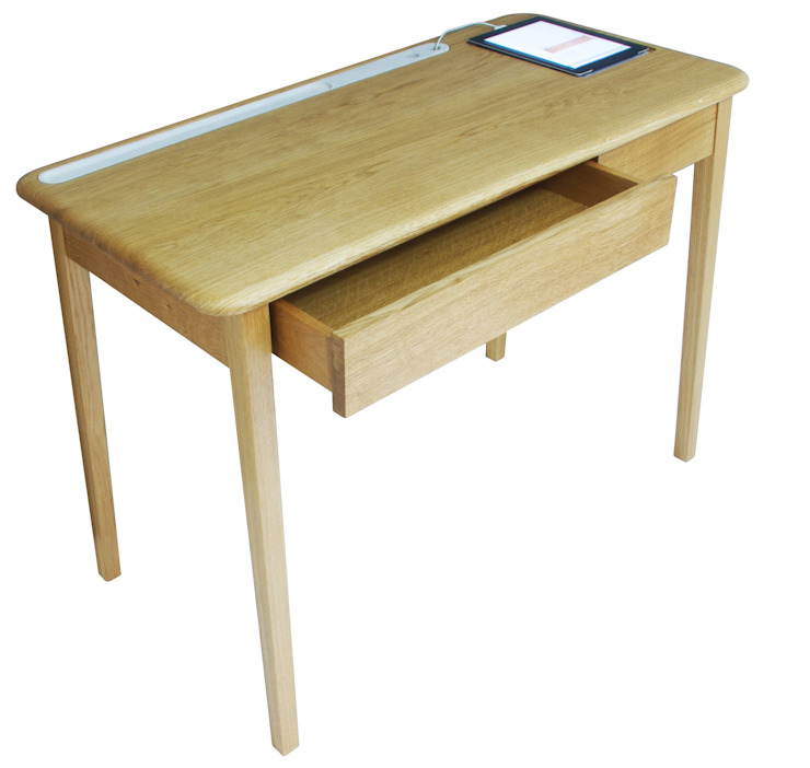 AB Desk: scandinavian  by AFID Design, Scandinavian