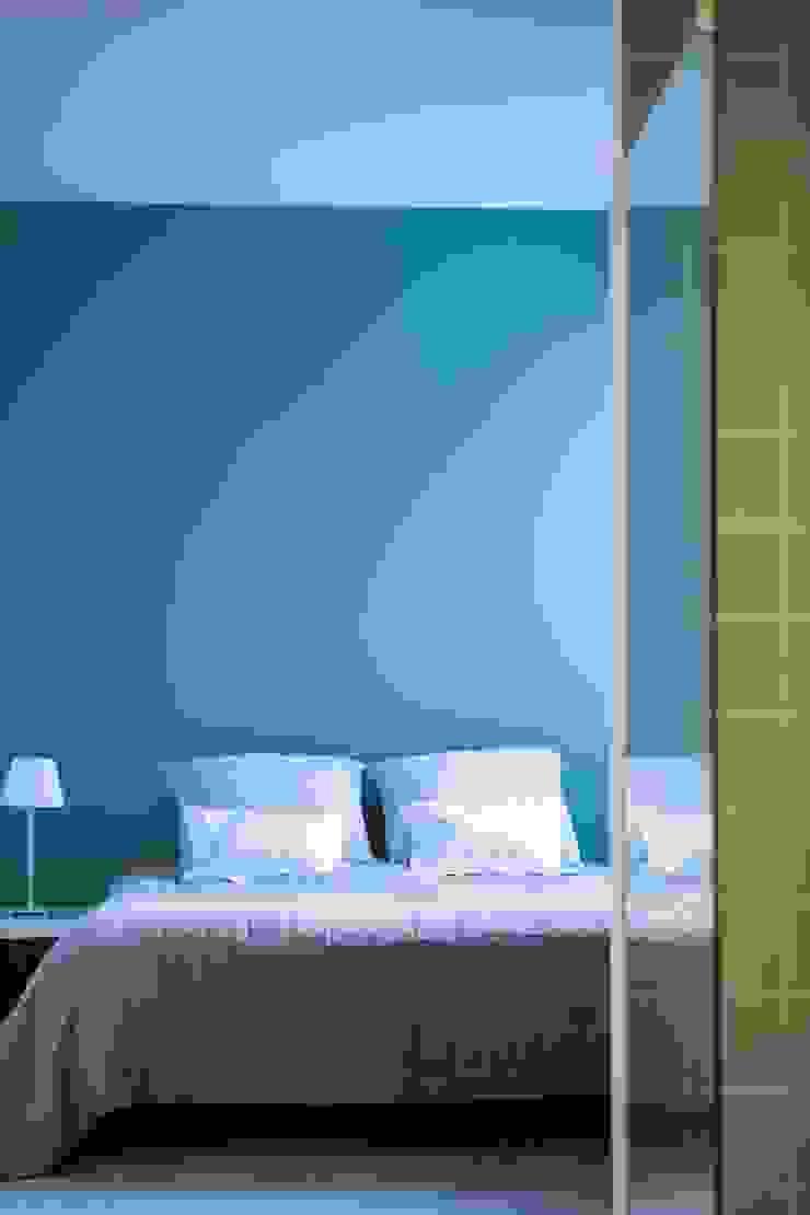 Hélène de Tassigny Dormitorios modernos: Ideas, imágenes y decoración
