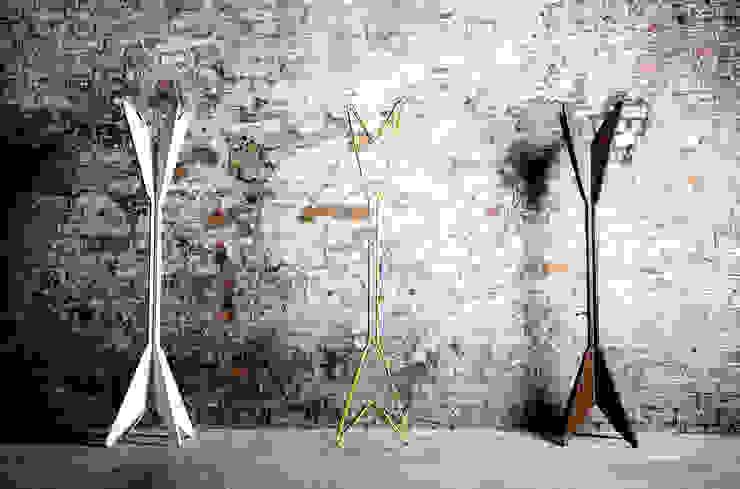JIMI Coat Stand: modern  by AFID Design, Modern