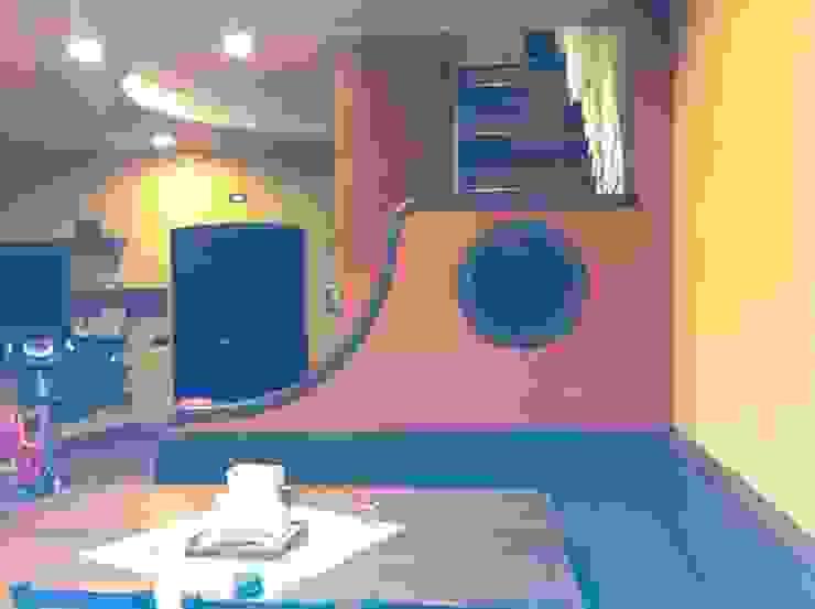 tavernetta accesso antonio giordano architetto Sala multimediale moderna