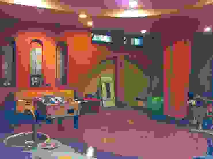 tavernetta area soggiorno antonio giordano architetto Sala multimediale moderna