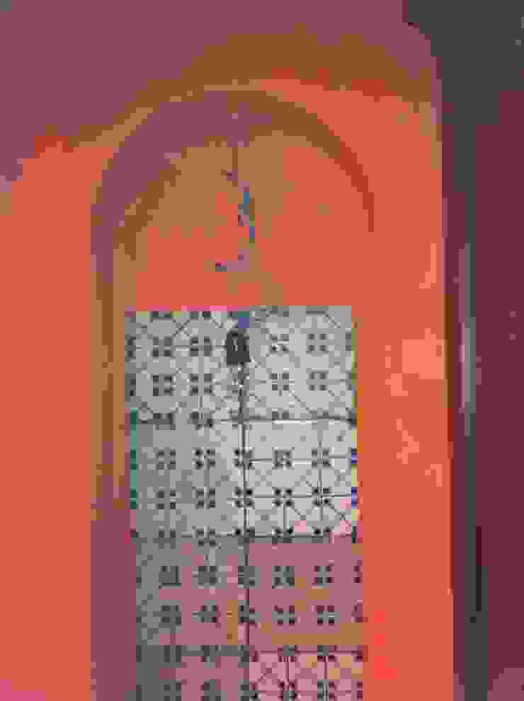 particolare nicchie area cucina antonio giordano architetto Sala multimediale minimalista
