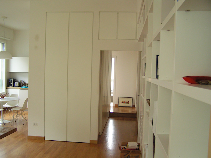 Arch. Silvana Citterio Modern Corridor, Hallway and Staircase