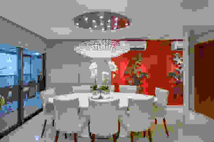 Moderne eetkamers van Designer de Interiores e Paisagista Iara Kílaris Modern
