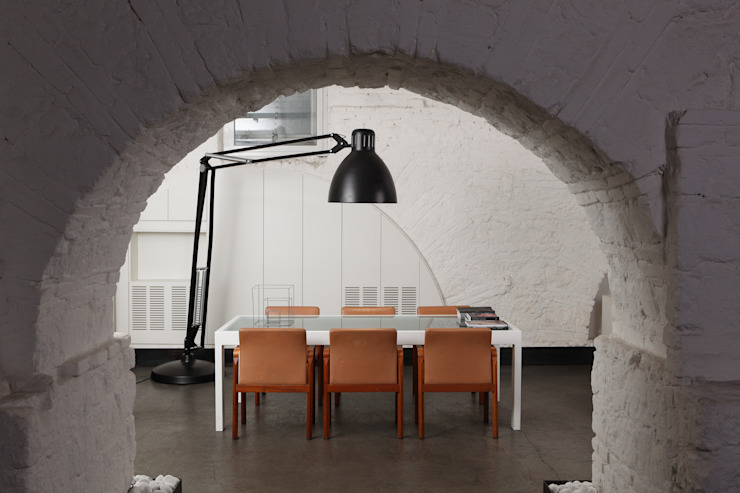 Lo studio Studio in stile industriale di Concept Industrial