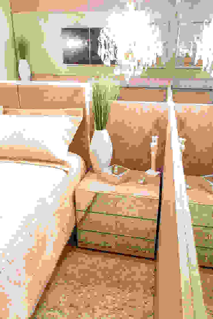 Projeto de Arquitetura de Interiores – Quarto Casal Quartos ecléticos por Sarah & Dalira Eclético