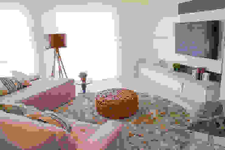 Projeto de Arquitetura de Interiores - Sala de Estar Salas de estar ecléticas por Sarah & Dalira Eclético