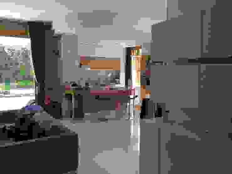 particolare falegnameria area pranzo antonio giordano architetto Sala da pranzoCredenze & Vetrine