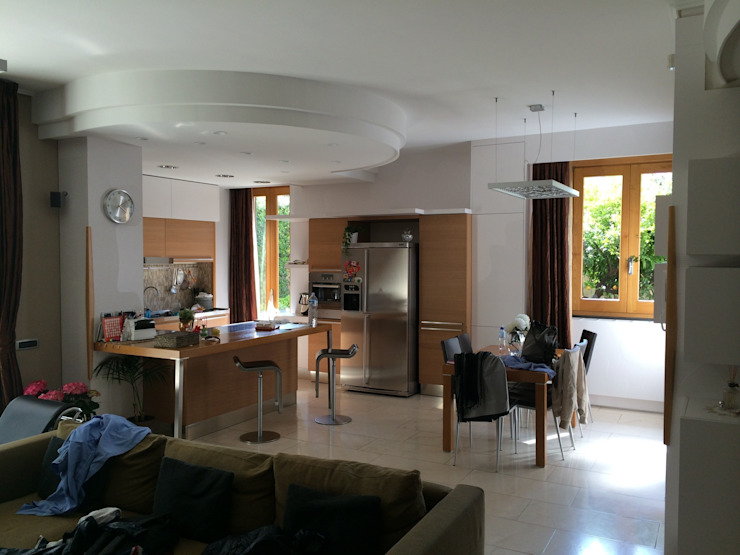 antonio giordano architetto Modern kitchen