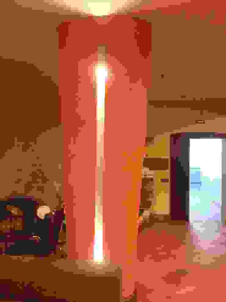 colonna tavernetta antonio giordano architetto Sala multimediale moderna