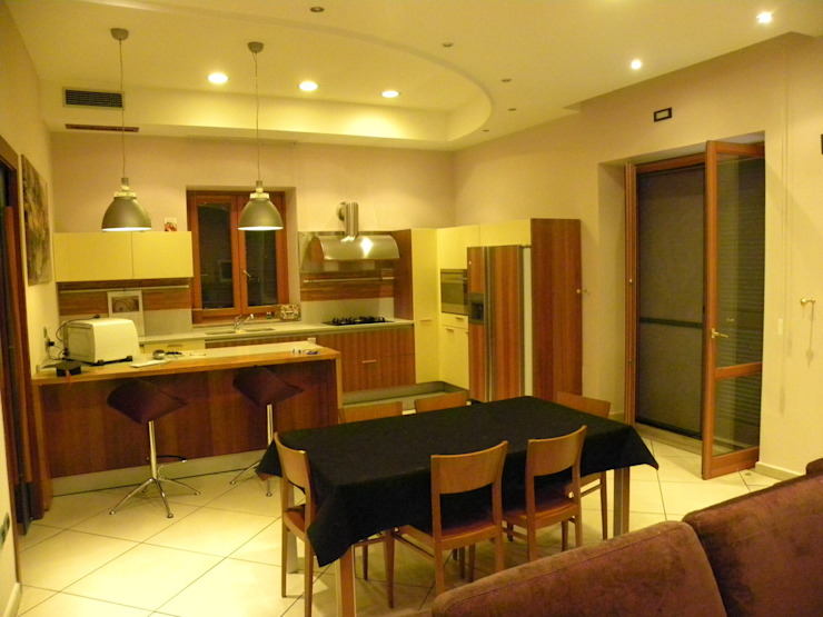 sala pranzo Sala da pranzo moderna di antonio giordano architetto Moderno