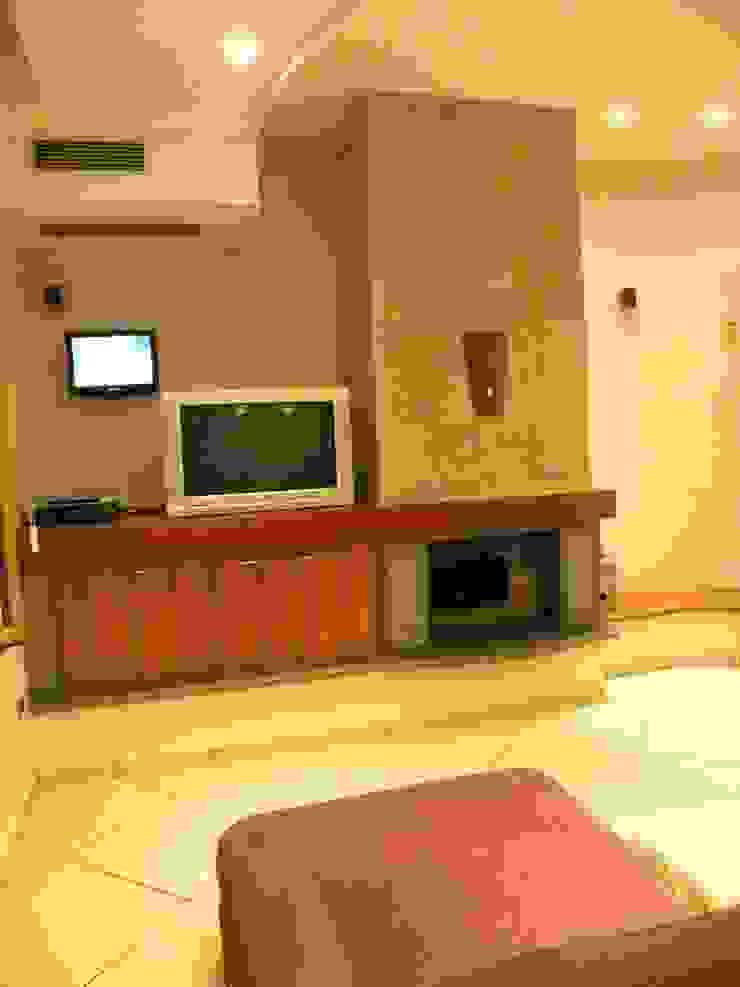 antonio giordano architetto Dining roomDressers & sideboards
