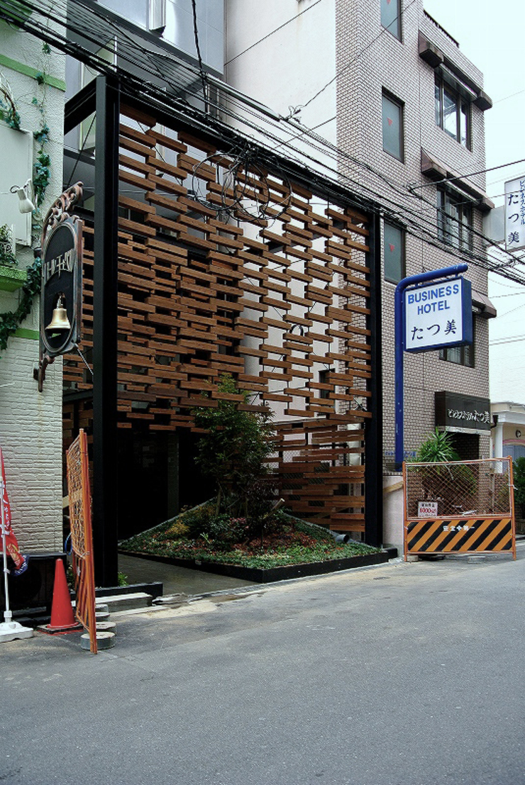 Another Square モダンな 家 の 4建築設計事務所 モダン