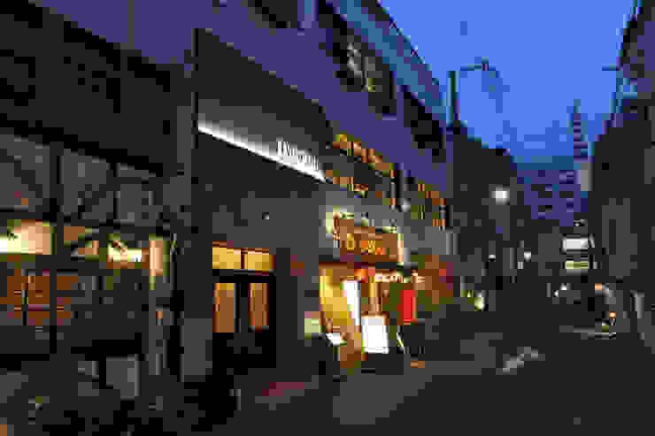 Modern gastronomy by 4建築設計事務所 Modern