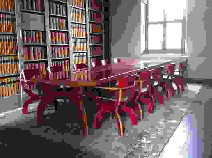Medievale Rosso Klassieke kantoorgebouwen van Buro Bruno Klassiek