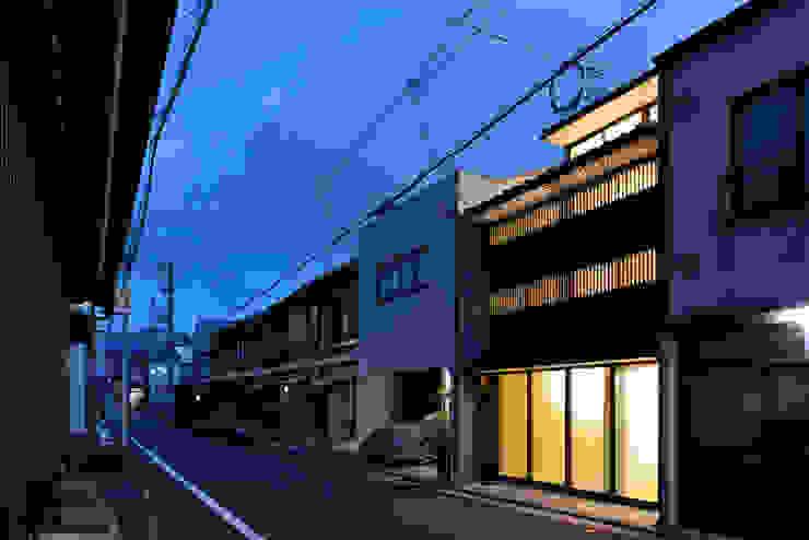 New Kyoto Town House オリジナルな 家 の ALPHAVILLE Co., Ltd. オリジナル