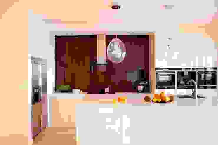 Kuchnia Minimalistyczna kuchnia od living box Minimalistyczny