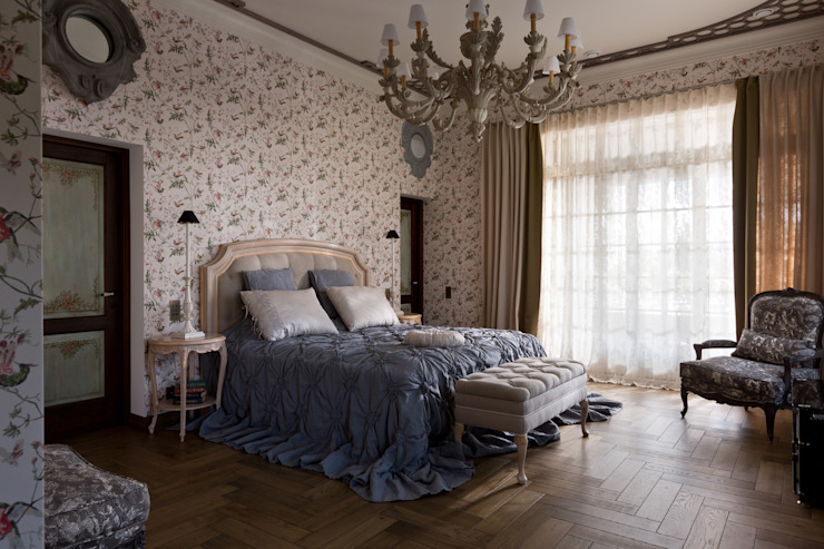 Дом на Днепре Спальня в классическом стиле от SBM studio Классический