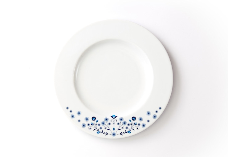 Porcelanowy talerz z kolekcji Folk marki Zulana , śr.21 cm od Zulana Klasyczny