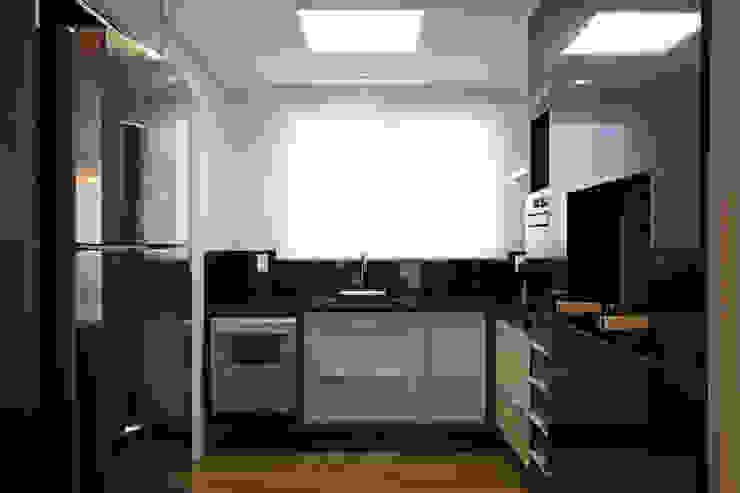 APARTAMENTO AV IGUAÇU Cozinhas modernas por DIARNA GUS ESCRITORIO DE ARQUITETURA Moderno