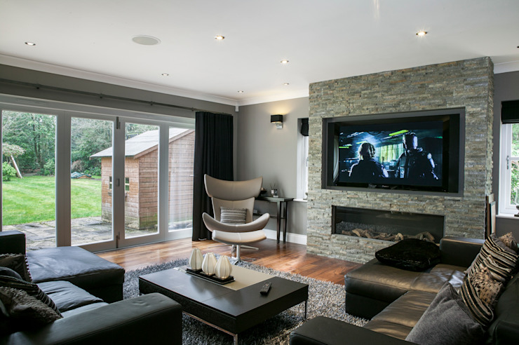 Hata Smart Home Modern living room by Finite Solutions Modern