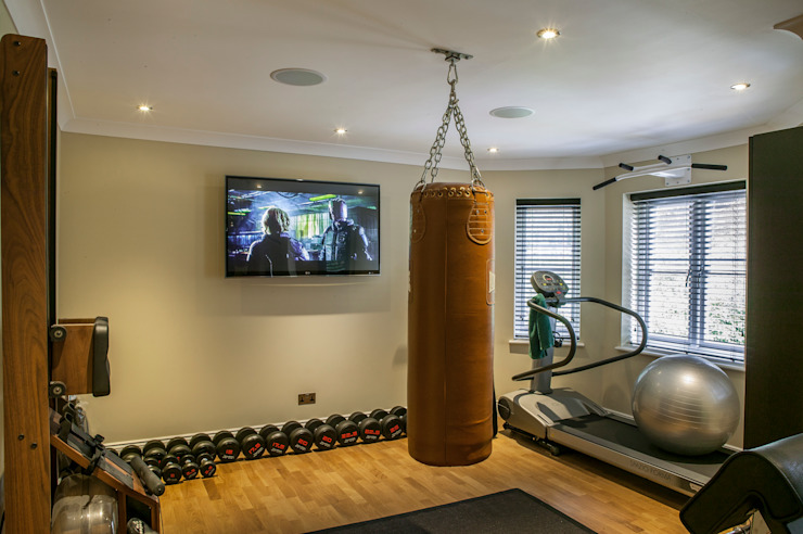 Hata Smart Home Modern gym by Finite Solutions Modern